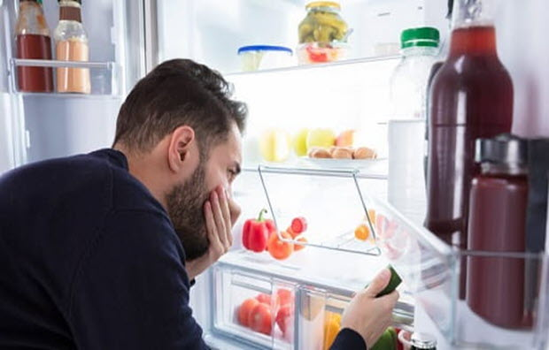 علت بوی بد یخچال و نحوه رفع آن